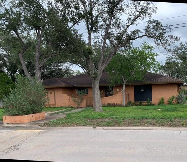 607 W Labbe Avenue Property Photo 1