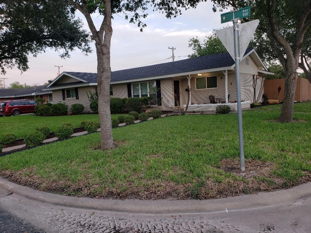 843 W I Avenue Property Photo 1