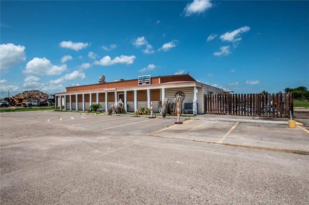 382820 Property Photo