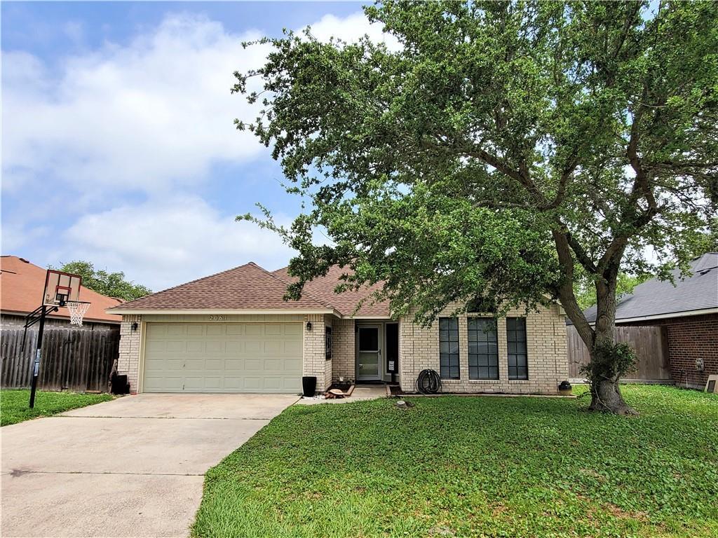 2061 Glenwood Drive Property Photo 1