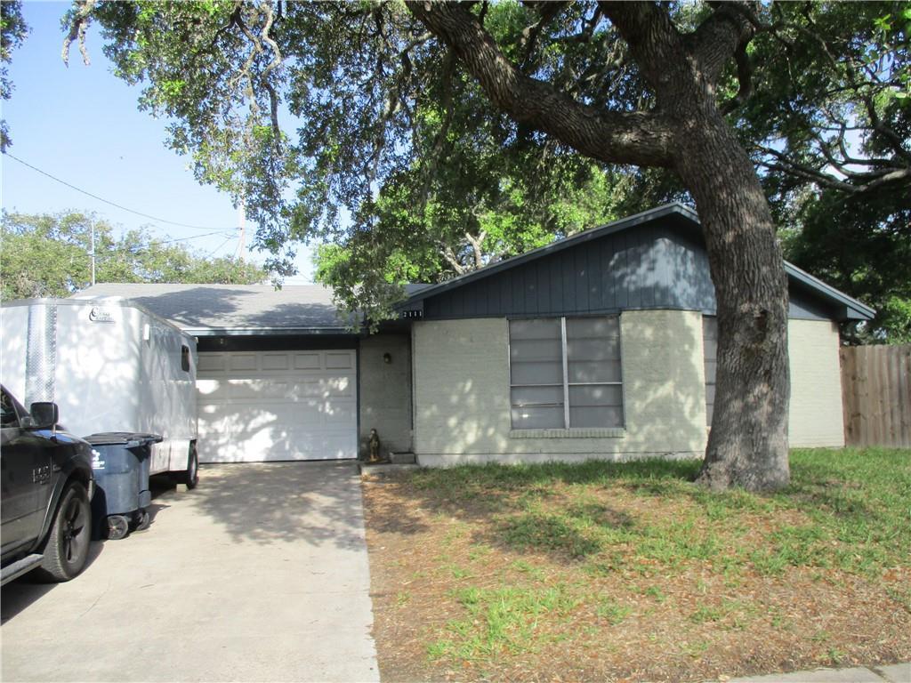 2111 Capeheart Property Photo 1