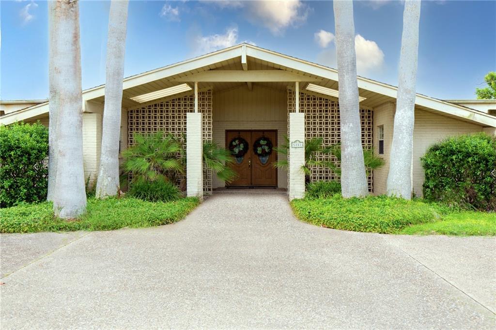 5801 Ocean Drive Property Photo