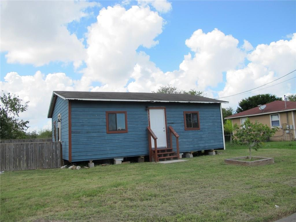 1621 Blanco Property Photo