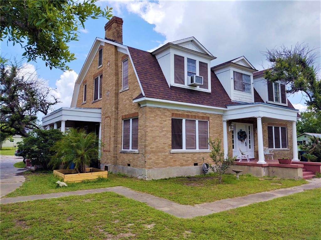 119 E Houston Street Property Photo