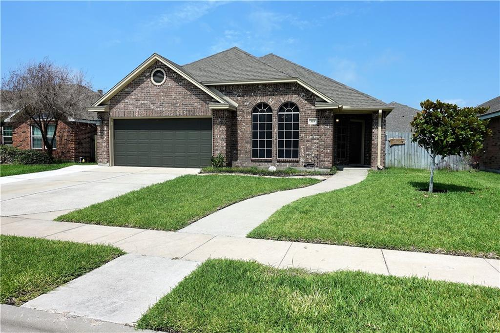 318 Nicklaus Drive Property Photo 1