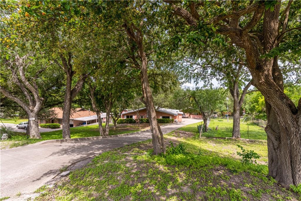 136 Vista Drive Property Photo
