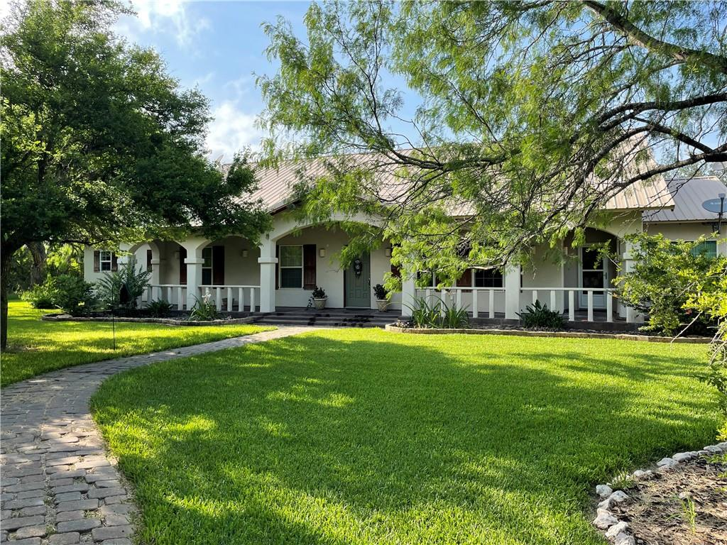 1020 W Escondido Property Photo 1