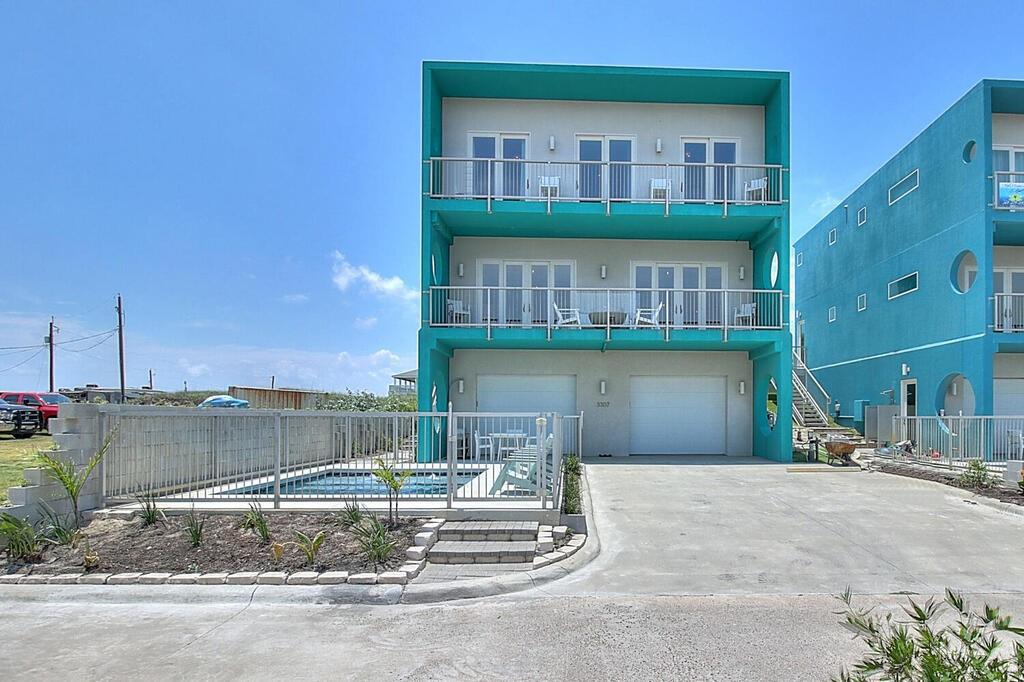 3307 On The Beach Drive Property Photo