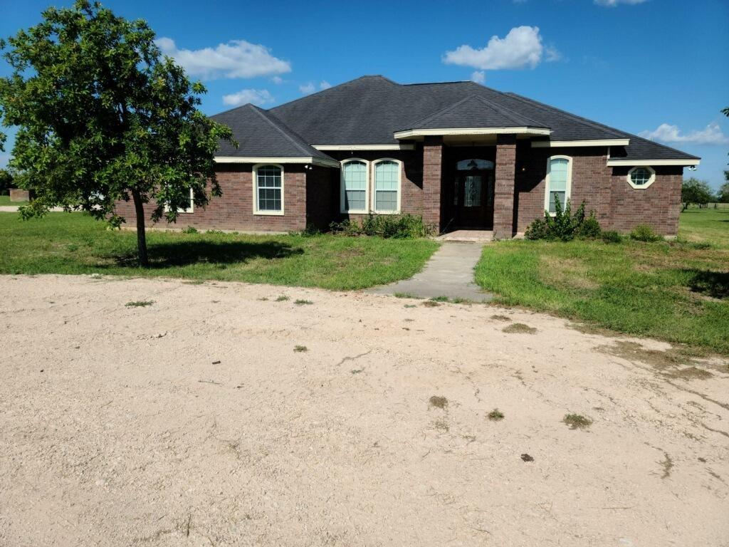 114 County Road 1161 Property Photo 1