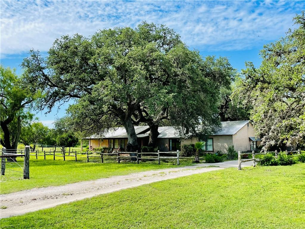 1559 Fm 673 Property Photo