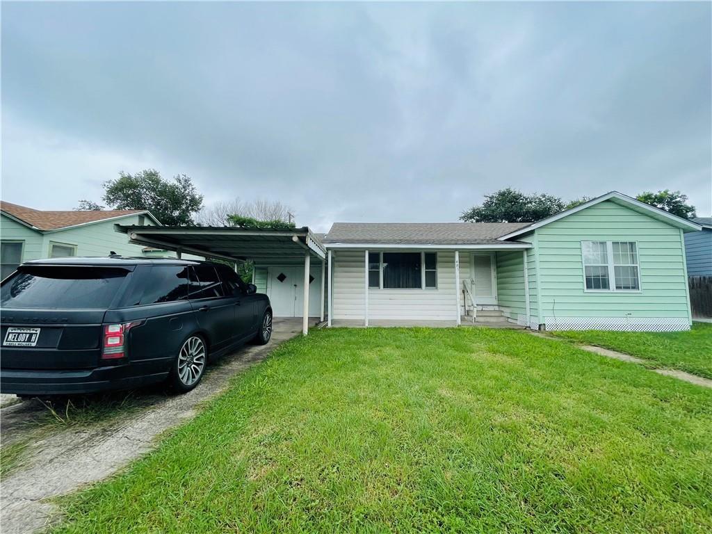 405 E 9th Street Property Photo