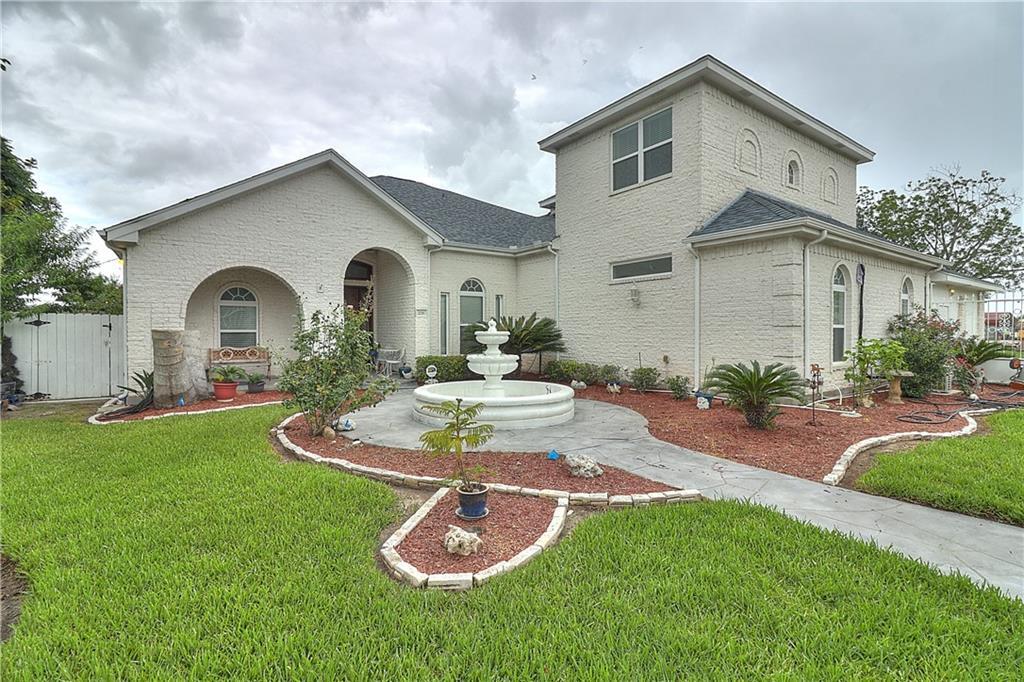226 E Cypress Avenue Property Photo