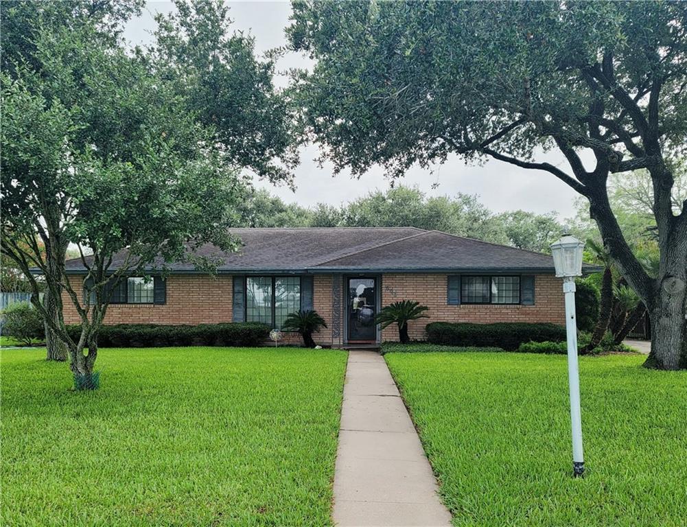 603 E 11th Street Property Photo