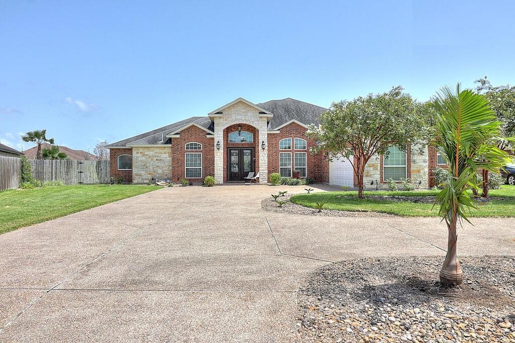 6110 Lago Vista Drive Property Photo