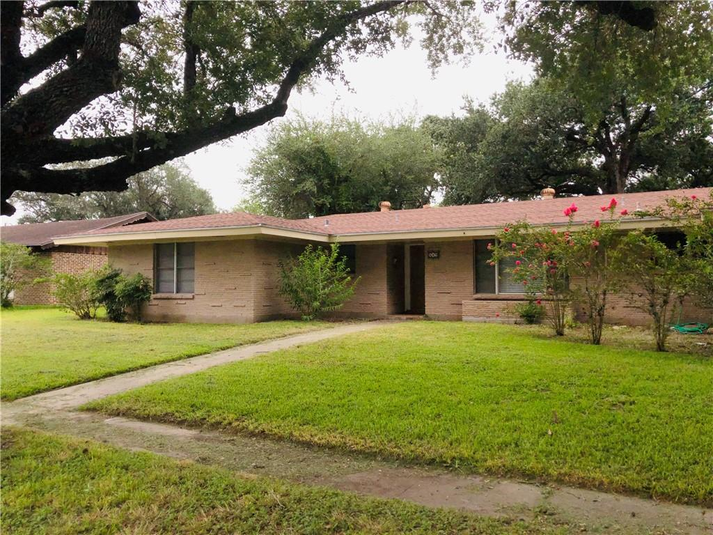 819 Stembridge Street Property Photo 1