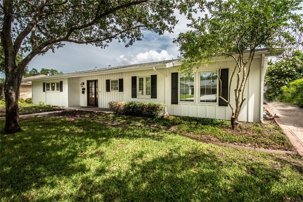 441 Dolphin Place Property Photo
