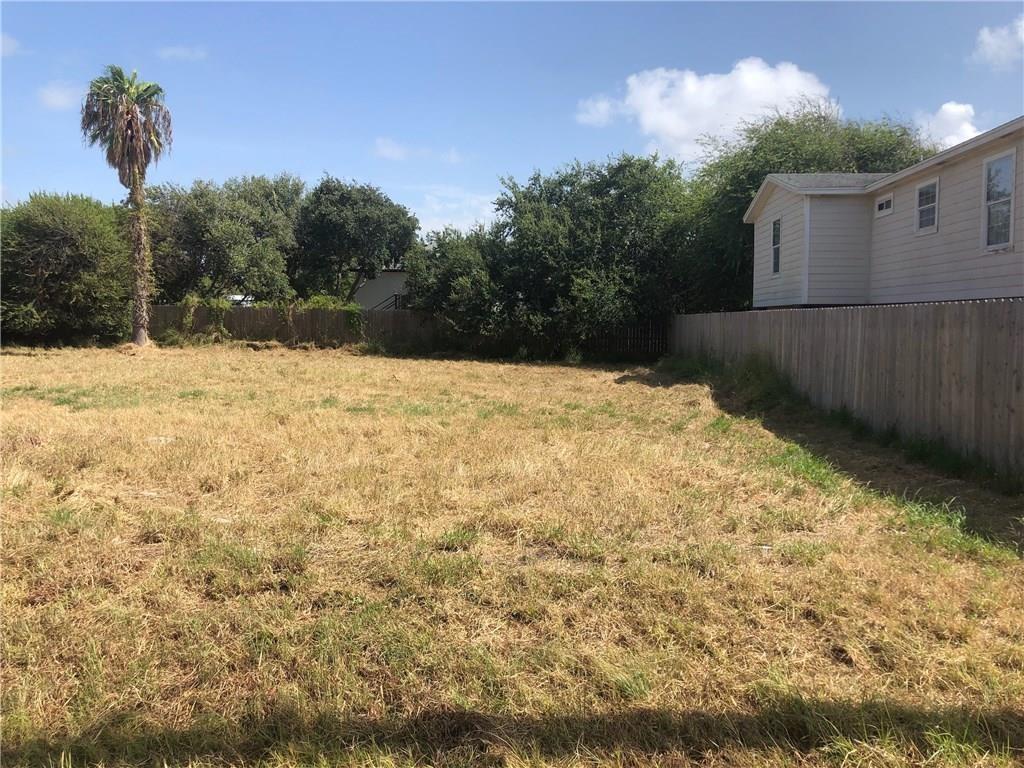 218 Las Palmas Drive Property Photo 1