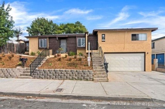 3741 A & 3741b 52nd Street Property Photo
