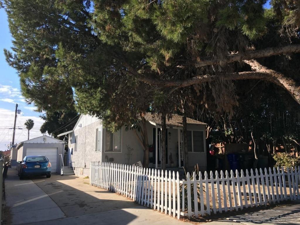 3548 56 42nd Property Photo