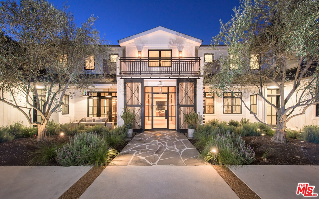 91316 Real Estate Listings Main Image