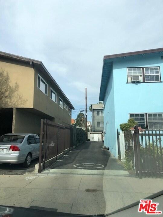 11419 Cumpston Street Property Photo