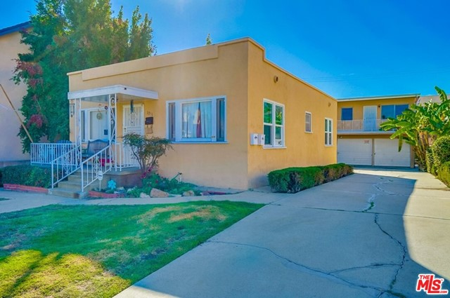 1351 W 8th Street Property Photo