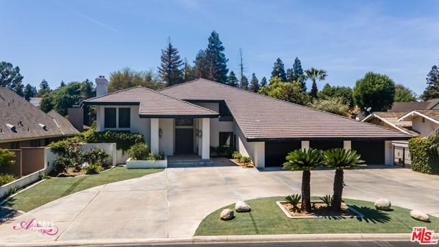105 E Portales Real Property Photo