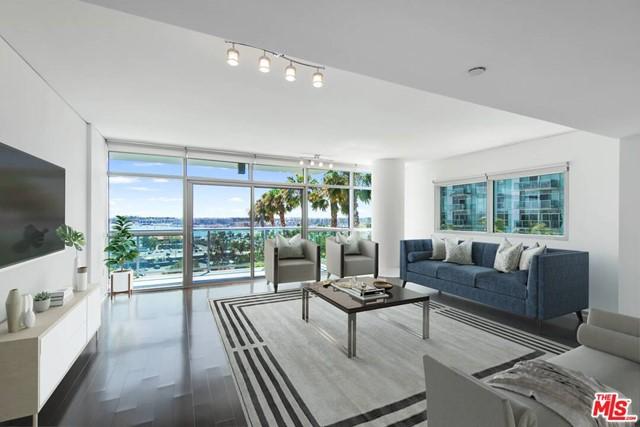 13650 Marina Pointe Drive 702 Property Photo