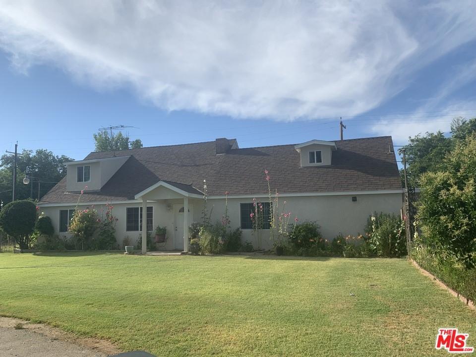 5025 E Kings Canyon Road Property Photo