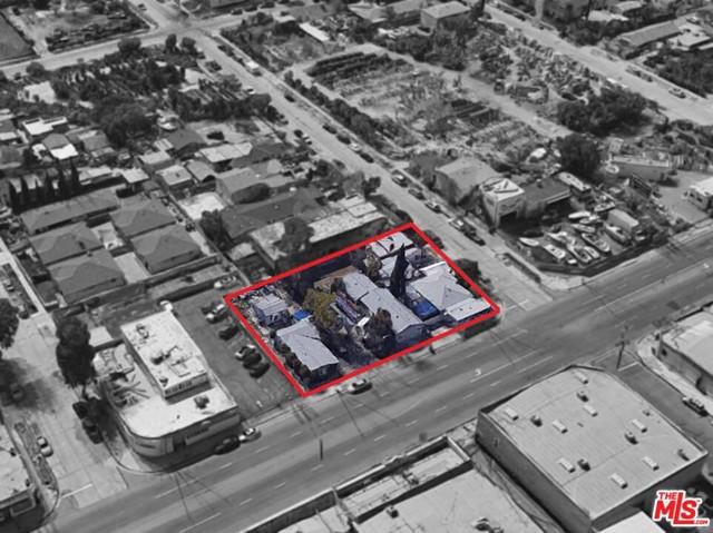 11444 Vanowen Street Property Photo