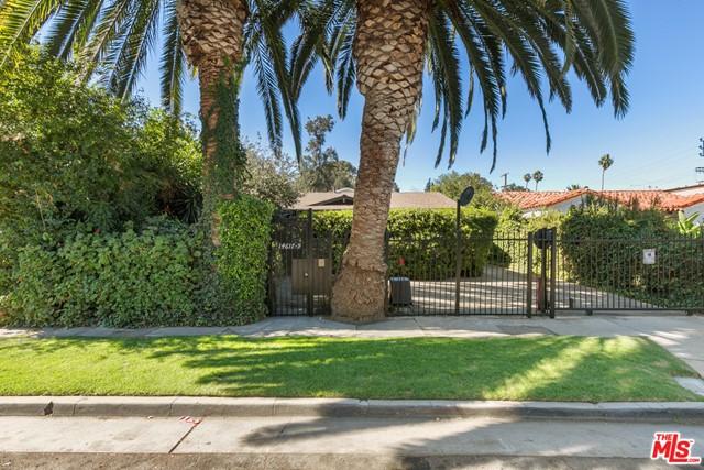 14617 Gilmore Street Property Photo