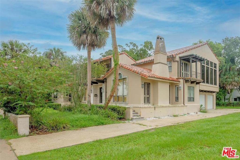 565 Bayview Drive Property Photo