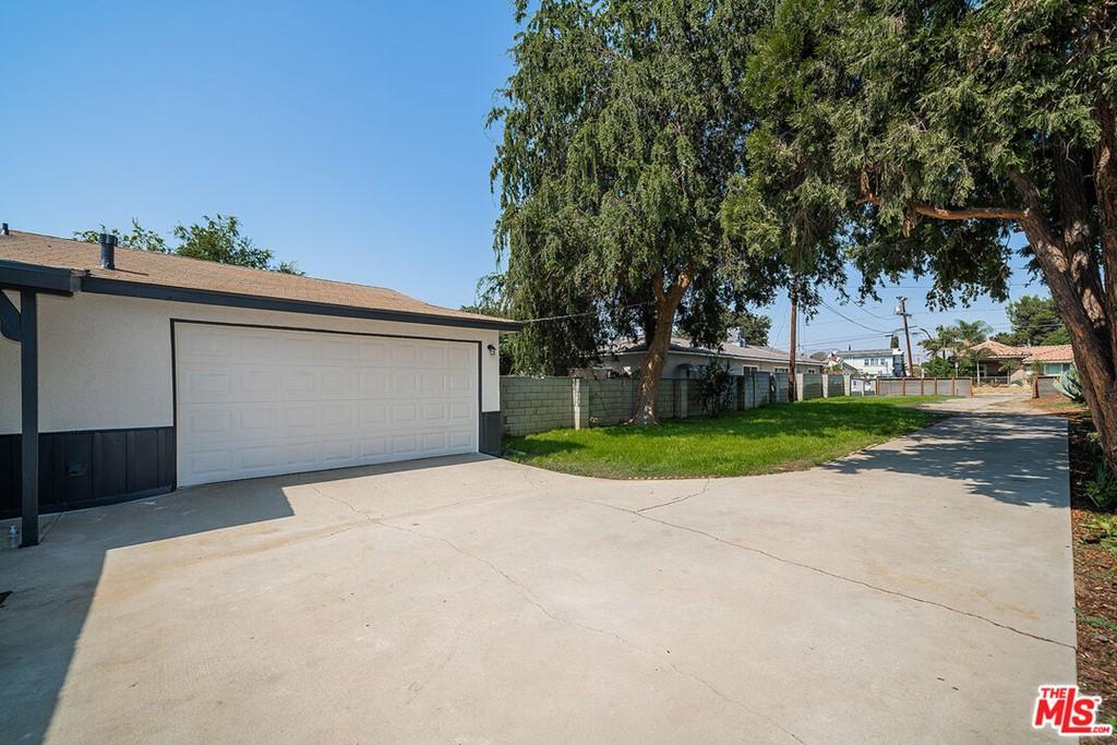 15468 El Cajon Street Property Photo 4