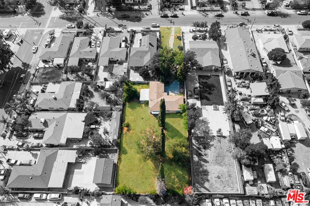 15468 El Cajon Street Property Photo 27