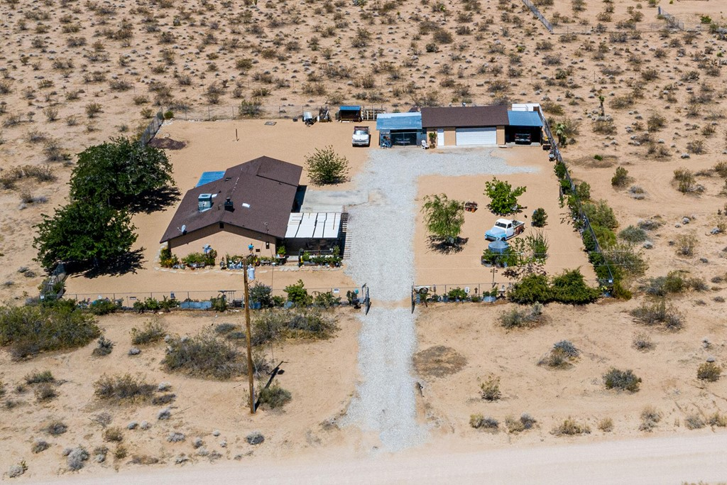 57425 Camulos Rd Road Property Photo
