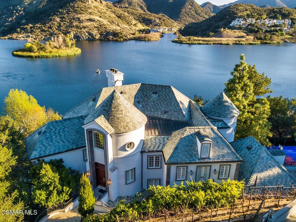 474 Lake Sherwood Drive Property Photo