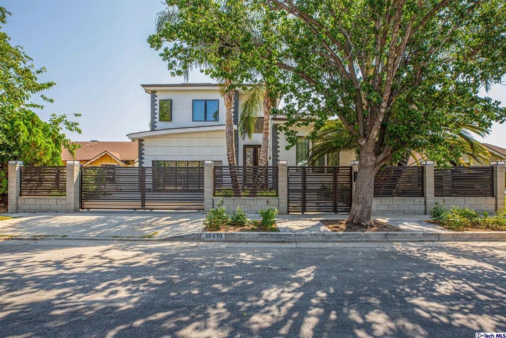 10418 Rubio Ave Avenue Property Photo