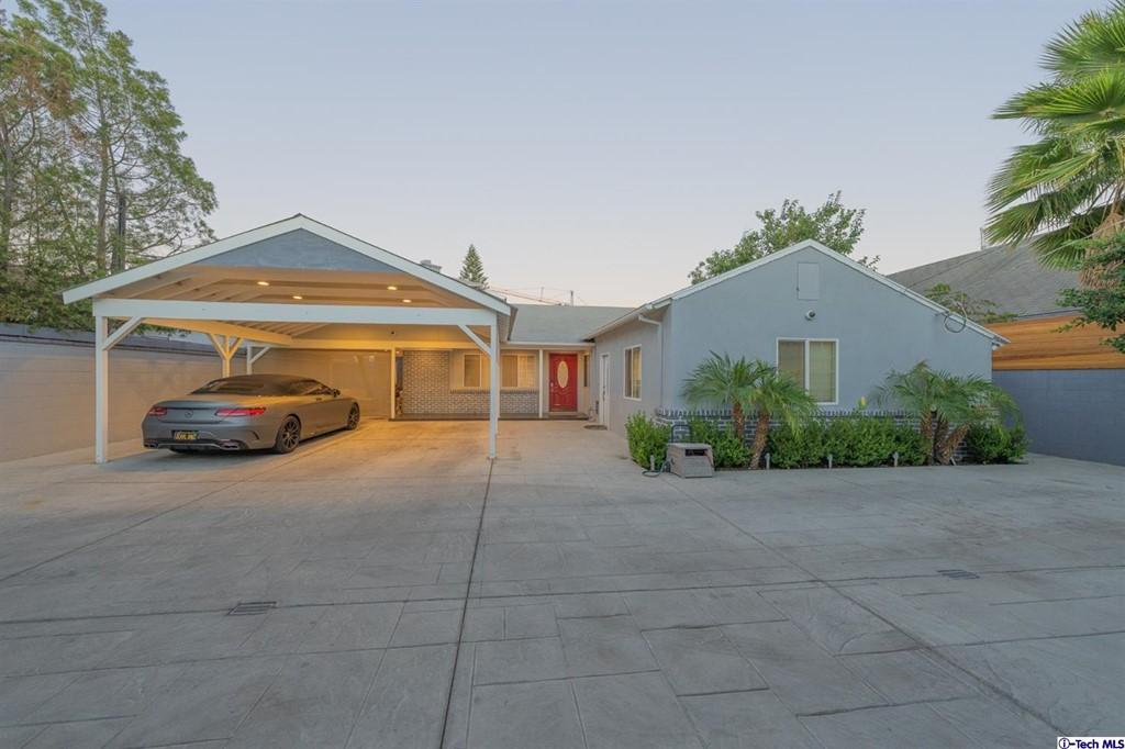 6854 Gentry Avenue Property Photo