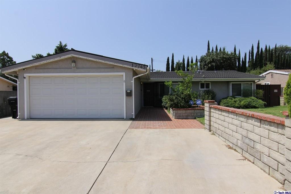 12743 Fenton Avenue Property Photo