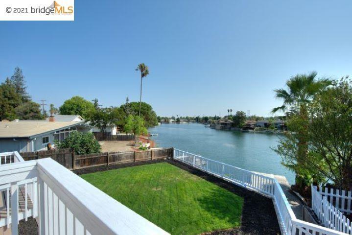 89 W Lake Dr Property Photo