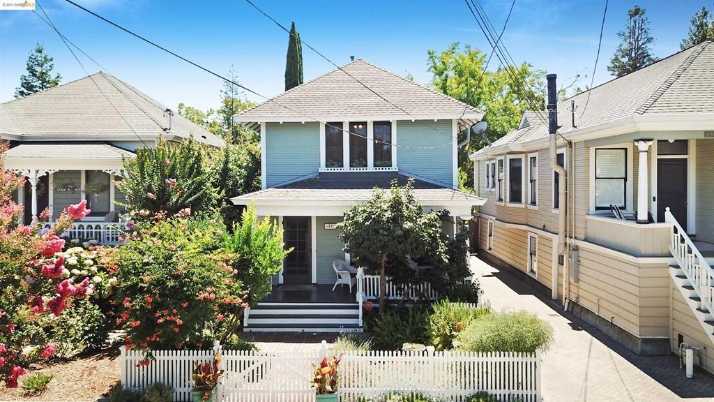 1441 Calistoga Ave Property Photo