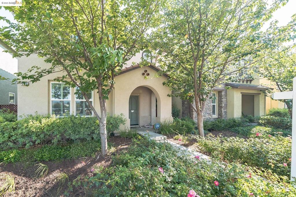 94545 Real Estate Listings Main Image