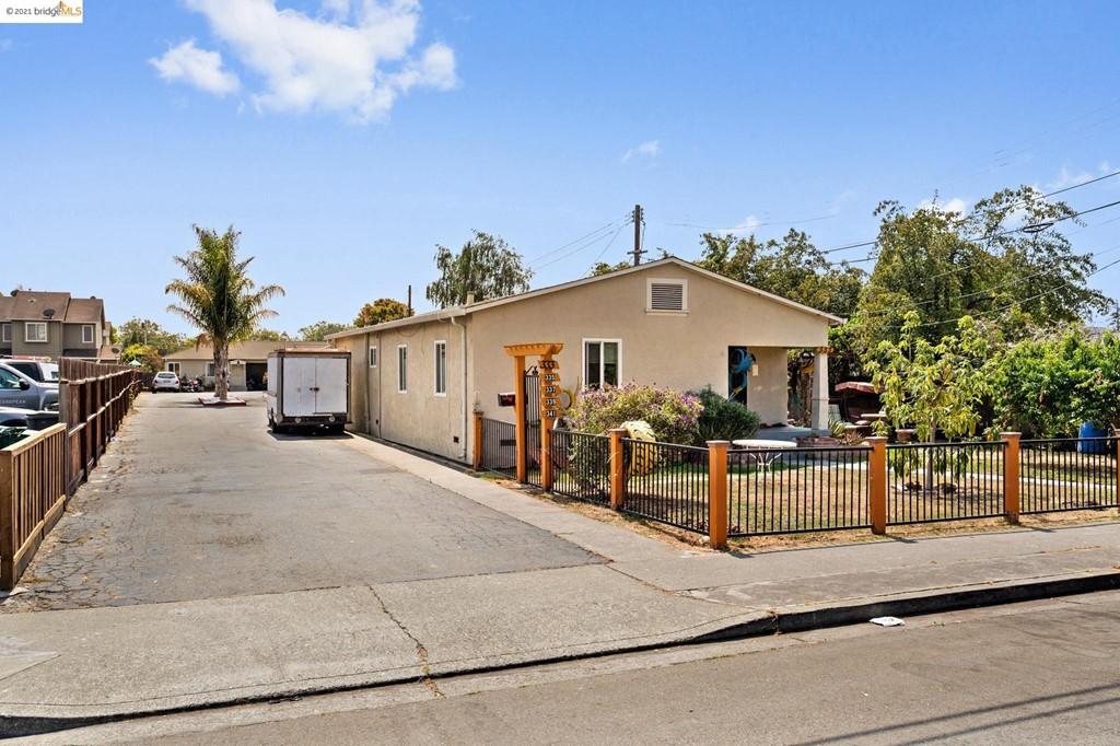 337 Laurel Ave Property Photo