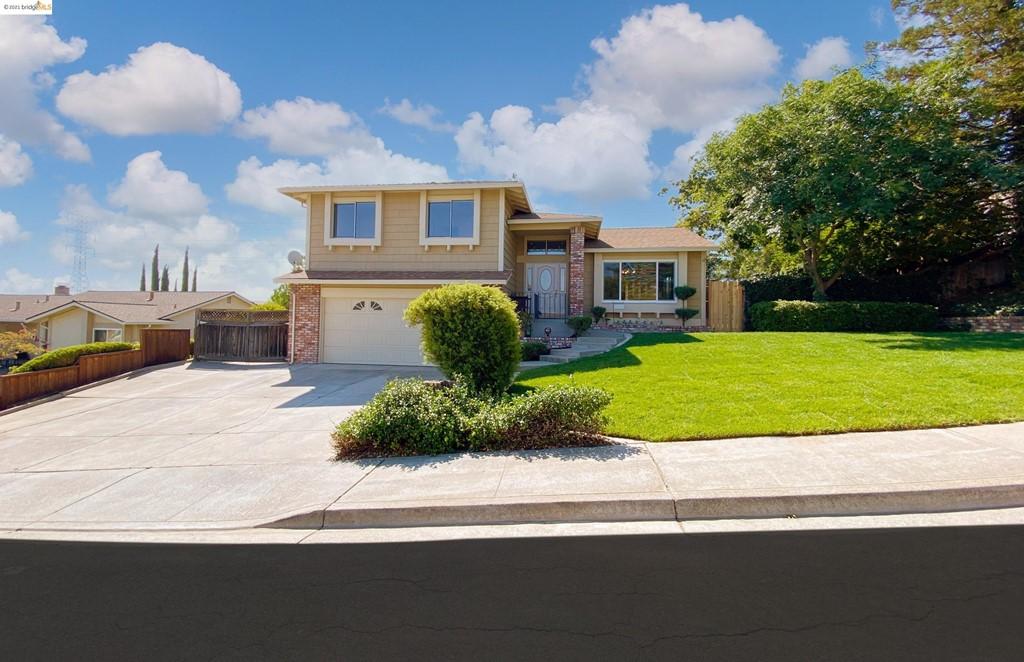 2415 Los Prados Way Property Photo