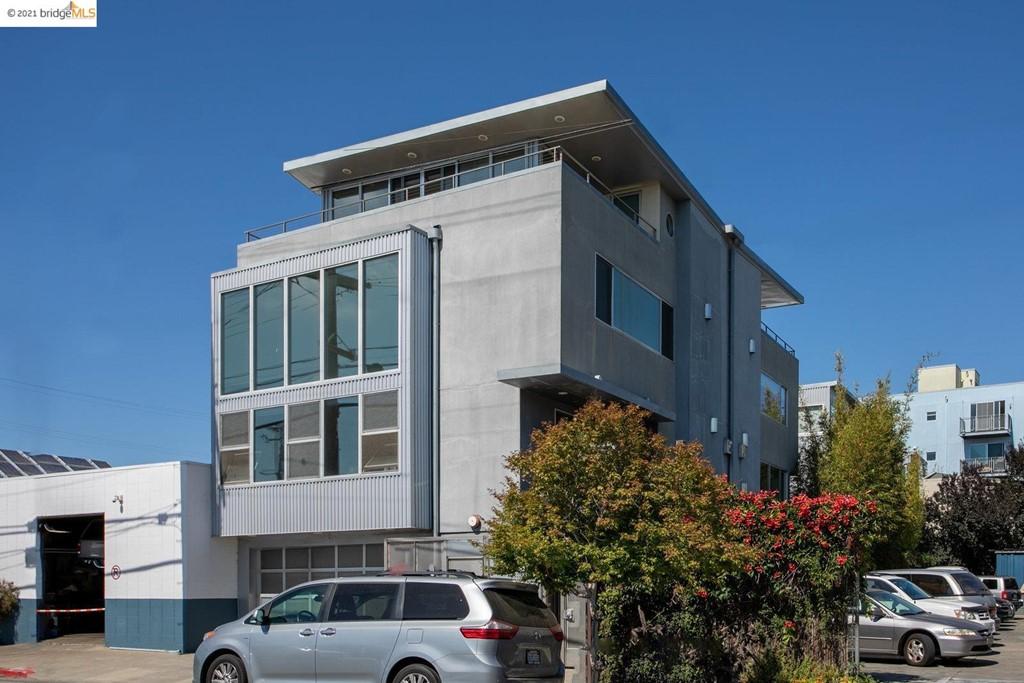 2709 10th St D Property Photo