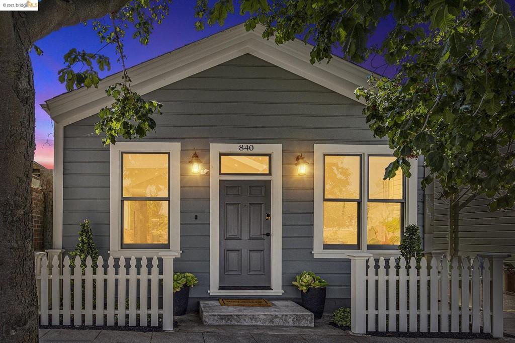 840 Delaware Property Photo