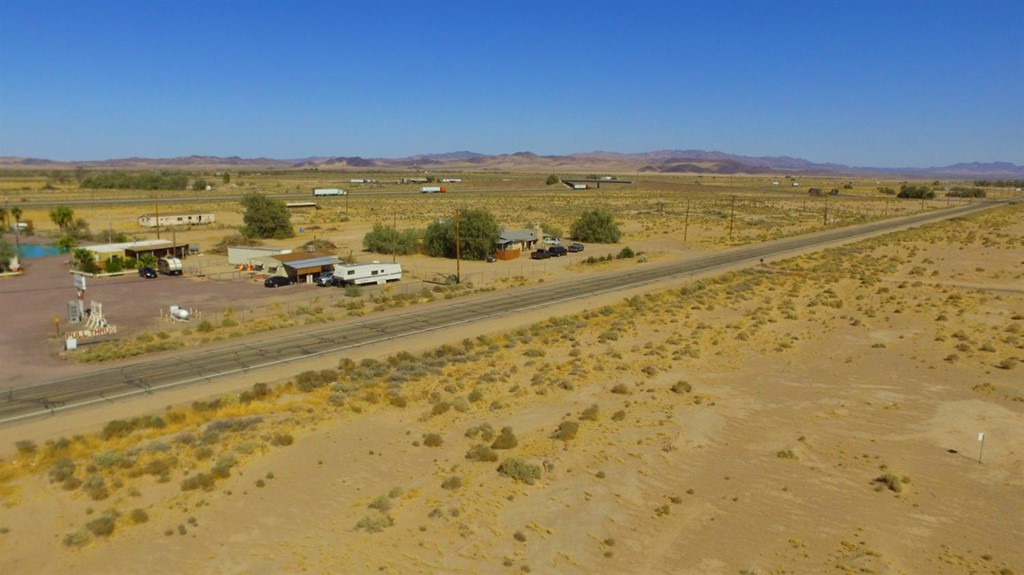528181 10 National Trails Highway Property Photo