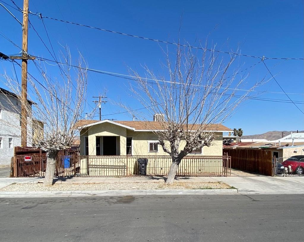113 E White Street Property Photo 1