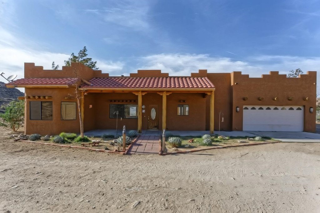 14445 Desert Star Road Property Photo 1