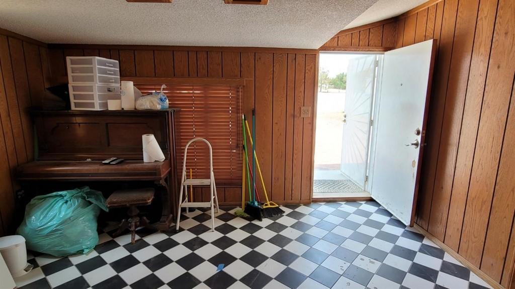 28788 Howard Road Property Photo 5